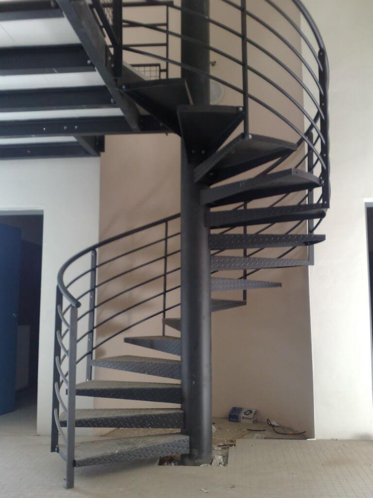 Escalier-metallique-spirale
